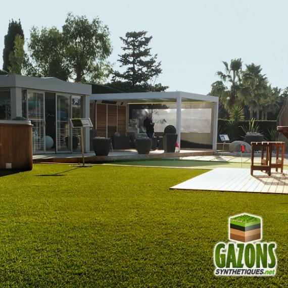 pelouse synthétique pour jardins terrasses bords de piscine
